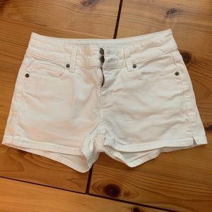 Victoria's secret white jean short with stretch